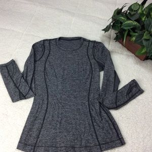 Lululemon Long Sleeve Smoke Gray Athletic Top Sz 6